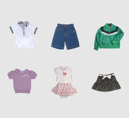 Abbigliamento Neonata anni Scopri la grande scelta di capi da Neonata mesi. Bianco, rosa, crema sono i colori di abitini, tutine, completini, sacchi nanna, calzine, copertine, scarpine e intimo delle migliori marche di abbigliamento neonate.