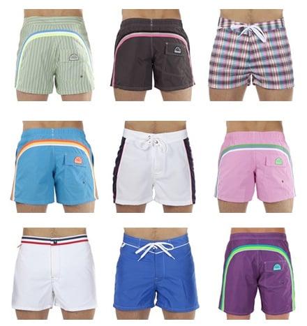 il classico bermuda da uomo i fantasiosi bikini da donna e i comodi costumi da bambino sono swimwear in offerta a cui impossibile rinunciare sundek