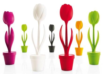 Lampada Fiore Tulipano : Lampada da tavolo tulip di myyour fiori per illuminare topnegozi.it