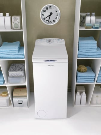 Whirlpool awe8630 lavatrice salvaspazio 40 cm for Lavatrice whirlpool carica dall alto