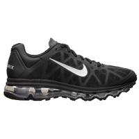 Scarpe Nike, ali ai piedi