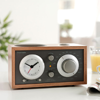 Le 5 marche di radio più cercate del web